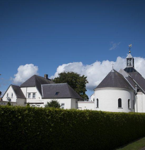 kerk en pastorie IJsselsteijn achterzijde